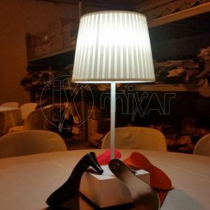 table lamp with battery for events and weddings